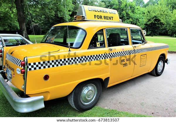 Image Vintage American Taxi Bad Pyrmontgermany Stock Photo Edit Now 673813507