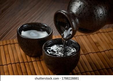 Image of warm sake on the tray