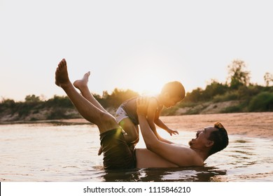 Images of Asian family happy to do activities together.