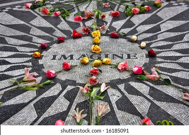 """Imagine"" mosaic tribute to John Lennon in Central Park, NYC"