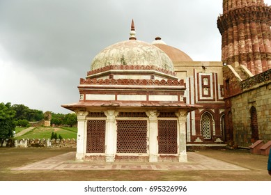 Imam Zamim's Tomb at Qutb Complex, New Delhi.