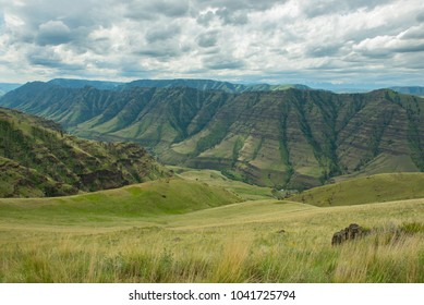 Imnaha River Canyon in northeast Oregon, part of the Hells Canyon National Recreation Area