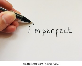 Imperfect wrote with an apostrophe to say I'm perfect