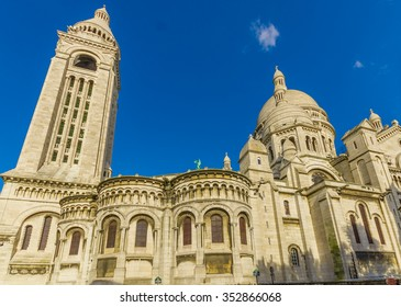 Impressive cof the Sacred Heart of Paris, Sacre Coeur located in Montmartre hill, Paris, France
