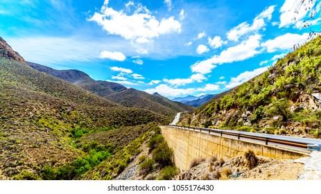 The impressive Huisrivierpas, Huis River Pass, on highway 62 between Ladismith and Calitzdorp in the Little Karoo of the Western Cape Province of South Africa