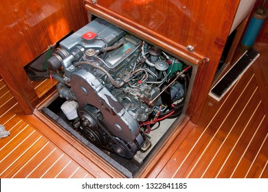 Inboard engine on a saling yacht