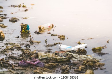 increasing of ocean, river, lake and waterway plastic waste and marine debris is the serious world pollution environmental problem, need to be solved by water conservation and sustainable management.