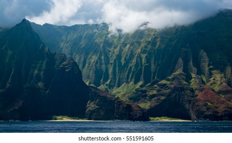The incredible Na Pali Coast in Kauai, Hawaii