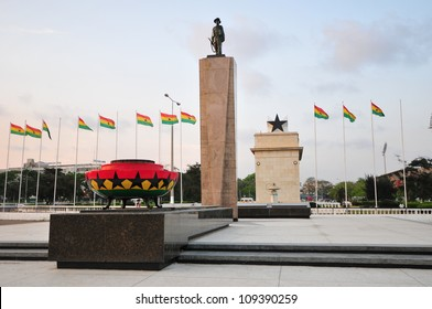 Independence Square, Ghana Public square in Ghana which contains moments to the independence of Ghana, including the Independence Arch