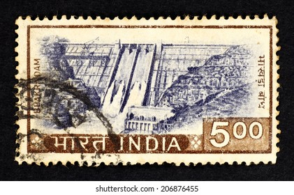 INDIA - CIRCA 1965: Postage stamp printed in India with image of the Bhakra Dam across the Sutlej River in Bilaspure, Himachal Pradesh, Northern India.