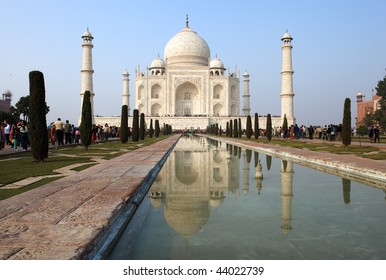 INDIA - DECEMBER 28: Thousands of tourists visit daily the Taj Mahal mausoleum, the nation's largest on December 28, 2009 in Agra, India.