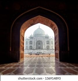 India. Taj Mahal indian palace in Agra. Tajmahal arch view