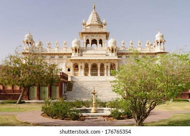 India, White marble memorial to Maharaja Jaswant Singh II on the hill near Jodphur city in India, Rajasthan