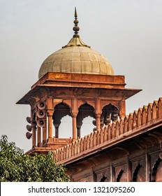Indian architecture of a famous Hindu temple, the Jama Masjid