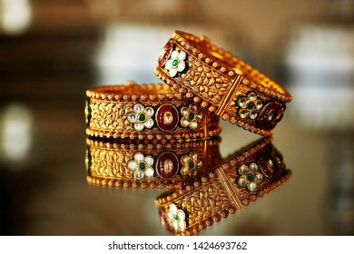 Indian bridal kundan bangles ceremony jewelry arachi, Pakistan, May 01, 2019