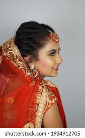 Indian BRIDAL Makeup , Bridal makeup hairstyle , Latest Indian bridal makeup . Wedding makeup images
