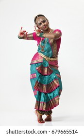 Indian dancer in traditional costume