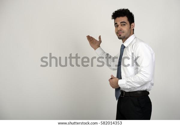 Indian facilitator using hand gestures to facilitate