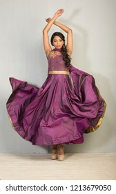 indian female model wearing salwar kameez, indoor lighting