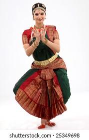 indian female performing dance