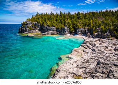 The Indian Head Cove in The Bruce Peninsula National Park, Ontario, Canada