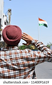 indian Independence day sardar boy salute to indian flage