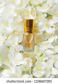 Indian Jasmine Attar oil. Natural Jasmine flower oil for relaxation and bliss