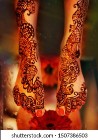 Indian Pakistani Bride Showing Henna On her Feet
