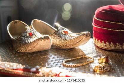 Indian punjabi groom's wedding accessories
