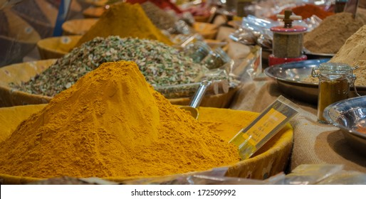 Indian spices and herbs for sale