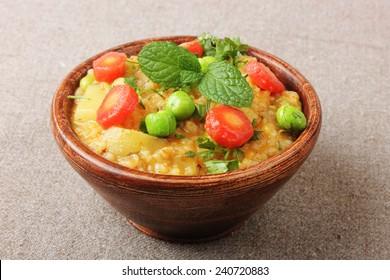 Indian Spicy Food Daliya, Upama, Oatmeal