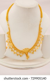 Indian Gold Necklace Images Stock Photos Vectors Shutterstock