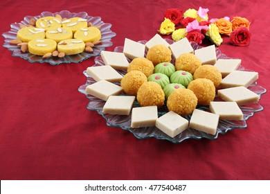 indian sweet pera or pedha,motichoor or motichur or bundi laddu,indian sweet burfi