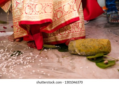 Bengali Wedding Rituals Images, Stock Photos & Vectors | Shutterstock