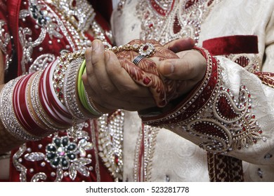 Indian wedding, Wedding in indian style, Indian fashion; bride and groom, Indian Tradition, Indian Traditional wedding
