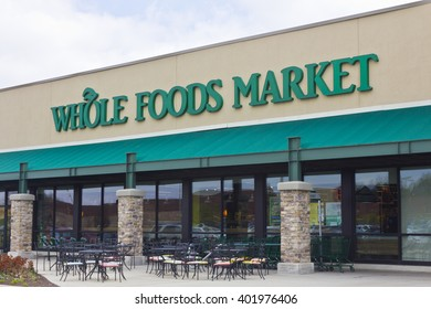 Indianapolis - Circa April 2016: Whole Foods Market, America's Healthiest Grocery Store I