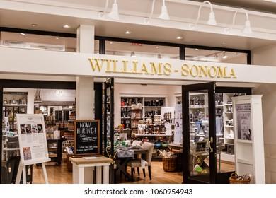 Indianapolis - Circa April 2018: Williams-Sonoma retail mall location. I