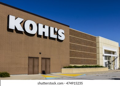Indianapolis - Circa August 2016: Kohl's Retail Store Location. Kohl's operates over 1,100 Discount Stores IV