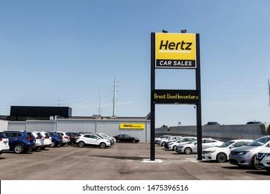 Indianapolis - Circa August 2019: Hertz Car Sales dealership. Hertz sells used vehicles from their car rental fleet III