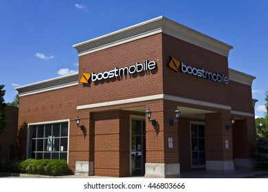 Indianapolis - Circa June 2016: Boost Mobile Cell Phone Retail Location. Boost Mobile is a Subsidiary of Sprint Corporation I