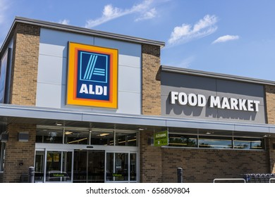 Indianapolis - Circa June 2017: Aldi Discount Supermarket. Aldi sells a range of grocery items, including produce, meat & dairy, at discount prices IX