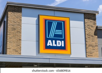 Indianapolis - Circa June 2017: Aldi Discount Supermarket. Aldi sells a range of grocery items, including produce, meat & dairy, at discount prices VIII
