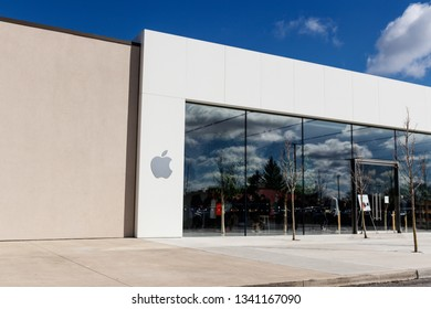 Indianapolis - Circa March 2019: Apple Store Retail Mall Location. Apple sells and services the iPhone, iPad, iMac and Macintosh computers I