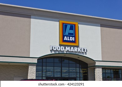 Indianapolis - Circa May 2016: Aldi Discount Supermarket. Aldi sells a range of grocery items, including produce, meat, and dairy at discount prices IV
