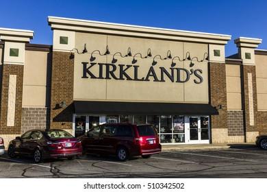 Indianapolis - Circa November 2016: Kirkland's, Retail Strip Mall Location. Kirkland's Sells Home Decor Accessories II