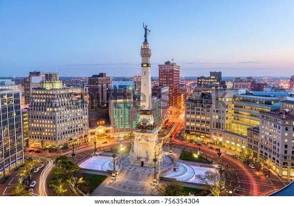 Indianapolis, Indiana, États-Unis, horizon sur Monument Circle.