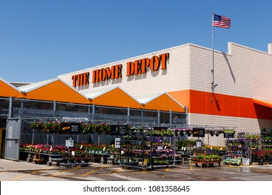 Indianapolis -  May 2018: Home Depot Location. Home Depot is the Largest Home Improvement Retailer in the US I