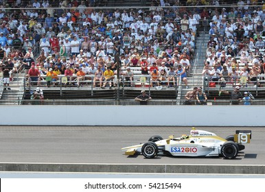 INDIANAPOLIS, IN - MAY 30: Indy car driver Alex Lloyd is running in the Indy 500 race May 30, 2010 in Indianapolis, IN