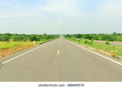 India's National Highway number 26 near Jhansi