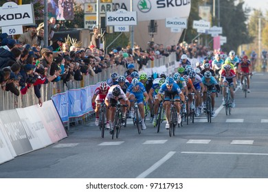 INDICATORE, AREZZO, ITALY - MARCH 08: Mark Cavendish (in front) wins the final sprint of the 2nd stage of 2012 Tirreno-Adriatico on March 08, 2012 in Indicatore, Arezzo, Italy